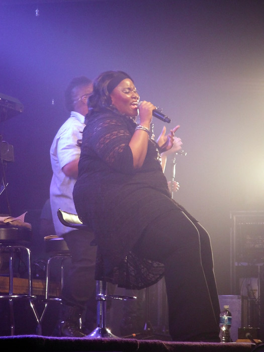 Mandisa performing at the Beating Hearts concert.